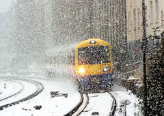 378213 (R~P~M) Tags: snow londonoverground train railway arriva emu multipleunit 378 southhampstead london england uk unitedkingdom greatbritain