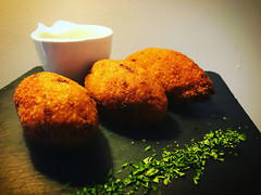 Kibbeh. La croqueta del Líbano. (JorgeHernandezAlonso) Tags: kubba kubbat kibe kibbeh kipe kebbe kibi kipi kepi kibba kiwi koketo chefkoketo jorgehdezalonso jorgehernándezalonso cocinaárabe koketoes