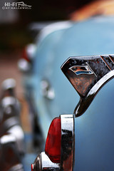 1954 Belvedere Fin (Hi-Fi Fotos) Tags: 1954 plymouth belvedere vintage chrysler 50s chrome tail fin light emblem flag badge blue american classiccar antique bokeh nikkor 50mm 14 nikon d7200 dx hififotos hallewell
