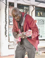 so much energy was Leo R.I.P.   ... WATCH: (Shein Die) Tags: leobudwelch blues festival juke clarksdale mississippi jukejointfestival outdoors music