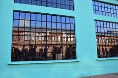 Se ci rifletti... (encantadissima) Tags: ogr torino piemonte vetri riflessi lavoratori sagome palazzo