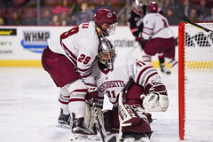 UMass hockey v Northeastern 011918-26 (dailycollegian) Tags: umass amherst hockey university massachusetts mullins center northeastern team celebration win caroline oconnor