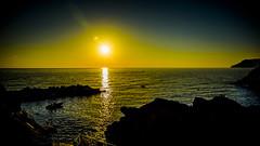 Puesta de Sol en Vernazza, Cinque Terre (pepoexpress - A few million thanks!) Tags: nikon nikkor d750 nikond75024120f4 nikond750 pepoexpress sunrise sun puestadesol vernazza cinqueterre italy sea mar water