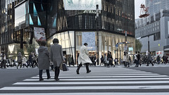Tokyo 2017_068chrome (c a r a p i e s) Tags: carapies cityscapes 2017 fujix100 asia japan tokyo ginza newurbanspaces architecture arquitectura fotografiaurbana urbanphotography urban urbanidad urbvanidad urbvanity urbanphoto streetphoto streetlife streetphotography