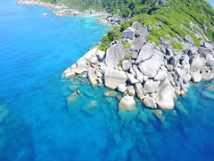 drone-similian-islands-phuket-thailand (Ryan.Kartzke) Tags: drone similanislands phuket bluewater boats thailand paradise crystalclear rocks beach sand ocean sea