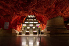 Modern Styx (eric_marchand_35) Tags: pourpre styx ender inferno stockholm stockholmsubway metro suède sweden