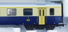 RD15122.  Lima BLS 1. Klasse EW I. (Ron Fisher) Tags: bls bernlötschbergsimplon modelrailway modelleisenbahn railwaymodels lima hogauge ho swissrailways