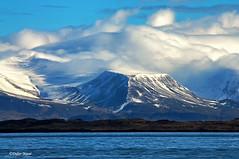Massif Esja (n°2) (didier95) Tags: massifesja reykjavick islande paysage montagne ciel nuage bleu blanc