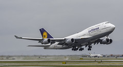 Lufthansa Boeing 747-430 Take-off (GeorgeChoy Photography) Tags: yvr cyvr lufthansa 747 747430 744 boeing takeoff dabvx