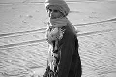 Berber guide (Nicolas Bussieres (Lost Geckos)) Tags: desert sahara morocco portrait berber