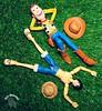 Relax with your friend! 🍖🍖🍖!!   #Luffy #OnePiece #Anime #shonen #shonenjump #pirate #Bandai #shfiguarts #Captain #ActionFigure #collection #coleção #gomugomu #Manga #crossover #Woody #Pixar #ToyStory #Disney #DisneyA (dioxdiegodmf) Tags: pirate coleção outdoor anime toy manga disney revoltech sheriff bandai shfiguarts disneyanimation luffy gomugomu captain actionfigure collection onepiece pixar andy shonen woody shonenjump crossover farm cowboy toystory