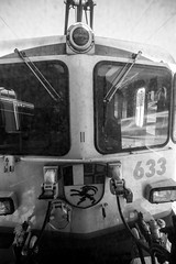 633 in action: Direct view (3/4) (jaeschol) Tags: 1700kw 633 bbc eisenbahn elektrischelokomotive engadin europa ge44ii graubuenden grischuna jahreszeit kantongraubünden kontinent lokomotive pontresina puntmuragl rhb slm schnee schweiz suisse switzerland transport wetter winter chemindefer railroad railway samedan graubünden ch