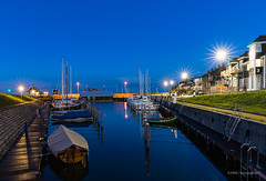 Ouddorp Harbour! (karindebruin) Tags: thenetherlands zuidholland zonsopkomst sunrise ouddorp harbour haven goereeoverflakkee nederland water pitchdark boats boten
