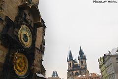 Astronomical clock and Týn Church in Prague (Nicolay Abril) Tags: praga praha prag prague prága česko českárepublika républiquetchèque tchéquie repúblicacheca chequia czechrepublic czechia csehország csehköztársaság tschechien tschechischerepublik