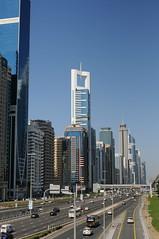 Dubai (Frau Koriander) Tags: dubai cityscape highway autobahn sky skycraper wolkenkratzer buildings architecture architektur 35mm nikond300s uae vae city skyline