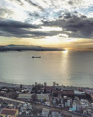 """(#sunrise #droneview) #Istanbul, historically known as Constantinople and Byzantium, is the most populous city in #Turkey and the country's economic, cultural, and historic center. Istanbul is a transcontinental city in #Eurasia, straddling the #Bosphorus (""""guerrilla"""" strategy) Tags: ifttt instagram sunrise droneview istanbul historically known constantinople byzantium is most populous city turkey countrys economic cultural historic center transcontinental eurasia straddling bosphorus strait which separates europe asia between sea marmara black its commercial historical lies european side about third population lives asian 