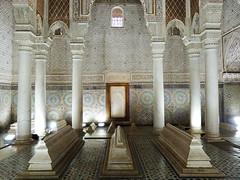 A king's grave (Shahrazad26) Tags: saadischegraven saadiantombes marrakech marokko morocco maroc marmer graven tombes