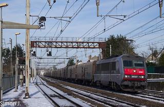 La BB 26227 en tête du 50043