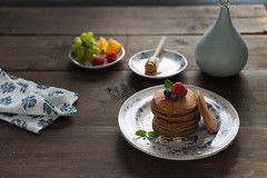 pumpkin pancakes (asri.) Tags: 2018 darkbackdrop homemade foodphotography foodstyling 50mmf14