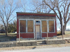 30. What looks like an abandoned restaurant in downtown, Virgil, 12-15-17 (leverich1991) Tags: exploring kansas 2017 virgil greenwood clifton hotel