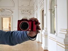 Smile! (magellano) Tags: camera macchina fotografica funny vetro glass specchio mirror narodni galreija museo museum lubiana slovenia ljubljana