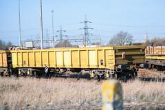 503126 Hoo Junction 160218 (Dan86401) Tags: 503126 mla bogie open ballastbox wagon freight greenbrier nr networkrail yellowtailsnapper fishkind engineers departmental infrastructure hoojunction