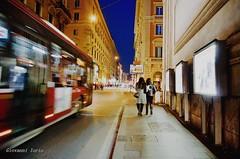 Passeggiata in città (ioriogiovanni10) Tags: buonanotte goodnight notte bus lucidellanotte citybynight night city passeggiata roma città luci nikon