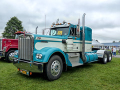 1979 Kenworth W-900-A Conventional Semi Tractor (J Wells S) Tags: 1979kenworth kenworthconventional kw kenworthsemitractor showtruck bigrig 18wheeler atca antiquetruckclubofamerica macungietruckshow macungie pennsylvania macungiememorialpark chrome truck camiones lorry vehicle sleepercab