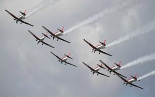 Swiss Pilatus PC-7 Team formation @ LOXZ