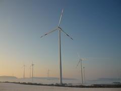Eifel-Windpark nahe Helenenberg (Jörg Paul Kaspari) Tags: eifel südeifel helenenberg windpark windkraft winter energielandschaft windkraftanlage windenergie windenergieanlage erneuerbareenergien stromproduzent windkraftwerk energiewende landschaft landscape