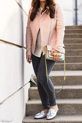 Pink leather jacket, white silk blouse, grey denim, silver mules-22.jpg (LyddieGal) Tags: athleta grayson lineapelle blush coloreddenim denim fashion gap grey jcrew leatherjacket loafers mules officestyle outfit rayban silkblouse silver spring style sunglasses tjmaxx vionic wardrobe weekendstyle white