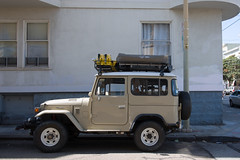 gingerly nuances (bhautik_joshi) Tags: sf sanfrancisco california sfist bayarea bhautikjoshi mission themission missiondistrict car vehicle parked parking landrover unitedstates us