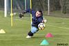 Alfonso buscando el balon (Dawlad Ast) Tags: requexon real oviedo entrenamiento futbol soccer training españa febrero 2018 segunda division alfonso herrero portero