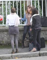 678 (SadCire) Tags: woman female frau femme mujer girl mädchen fille chica teen calves legs miniskirt minidress skirt dress street strabe rue calle candid sexy stockings pantyhose tights denim jeans