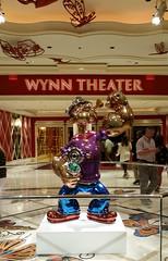Wynn Theater (uhhey) Tags: wynn lasvegas vegas theater show statue