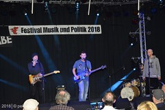 PKA_3054 (pekuas) Tags: stromundwasser heinzratz pekuas festivalmusikpolitik wabe berlin jugendtheatertage wessen welt künstler aktion folk songwriter