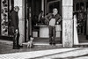 waiting (Gerard Koopen) Tags: spanje spain malaga waiting dog walkingthedog dailylife everydaylife people man men fashion bw blackandwhite blackandwhiteonly candid straat street straatfotografie streetphotography fujifilm fuji xpro2 35mm 2018 gerardkoopen littledoglaughednoiret