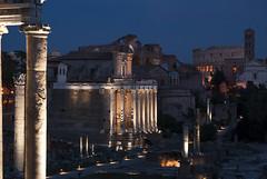 Forum romain de nuit (philippe273) Tags: forum rome vacances nuit antique ville light nikon d3000 city night architecture bluehour photo blue bleu