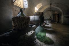 Empty (Michal Seidl) Tags: abandoned vine abbandonato villa opuštěná vila hdr urbex infiltration italy canon