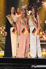 miss_germany_finale18_2194 (bayernwelle) Tags: miss germany wahl 2018 finale 24 februar europapark arena event rust misswahl mister mgc corporation schönheit beauty bayernwelle foto fotos christian hellwig flickr schärpe titel krone jury werner mang wolfgang bosbach soraya kohlmann ines max ralf klemmer anahita rehbein sarah zahn rebecca mir riccardo simonetti viola kraus alena kreml elena kamperi giuliana farfalla jennifer giugliano francek frisöre mandy grace capristo famous face academy mode fashion catwalk red carpet