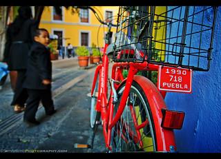 Light, Gesture and Color in Puebla, Mexico