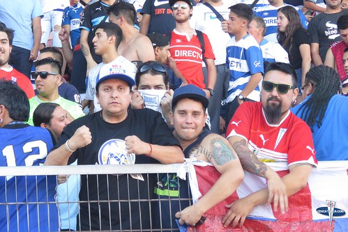 "Hinchas Curico vs CDUC • <a style=""font-size:0.8em;"" href=""http://www.flickr.com/photos/131309751@N08/25353102827/"" target=""_blank"">View on Flickr</a>"