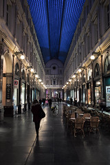 Galeries Royales Saint-Hubert, Brussels, Belgium (Plan R) Tags: hubert brussels galleria galeries evening leica m 240 summilux 35mm