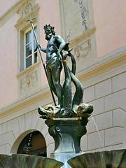 Neptune's Fountain (Colorado Sands) Tags: neptune fountain fontana nettuno italy italia europe piazzaerbe gabelwirt sandraleidholdt sculpture art fontanadelnettuno statue bronze bozen