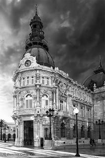 Palacio Consistorial de Cartagena en blanco y negro./ Consistorial Palace of Cartagena in black and white (Murcia, Spain).
