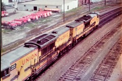 Union Pacific U50C locomotives working east at Omaha in 1975 0540 (Tangled Bank) Tags: train railroad railway old classic heritage vintage north american 1970s 70s union pacific u50c locomotives working east omaha up 1975 0540