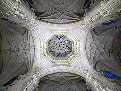 Catedral de Burgos Crucero interior de cimborrio 01 (Rafael Gomez - http://micamara.es) Tags: catedral de burgos crucero interior cimborrio
