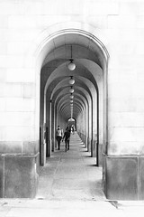 Perspective (jantoniojess) Tags: arquitectura perspectiva perspective arquería manchester reinounido england inglaterra edificio