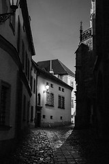 Petrov, Brno (romanboed) Tags: petrov bw monochrome leica m 240 summilux 50 europe czech republic czechia moravia brno travel architecture night winter city cityscape street lane narrow outside