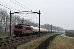 2017-02-10_3316 DBC 1611 Willemsdorp Dordrecht (Peter Boot) Tags: dbc 1611 willemsdorp dordrecht cargo boederenvervoer goederentrein gasketelwagen ketelwagentrein gasketelwagentrein dbc1611 brabantroute nederland ketelwagen trein spoor spoorwegen